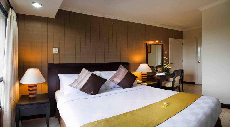 Grand Tropic Suites Hotel In Jakarta Book A Hotel In Indonesia